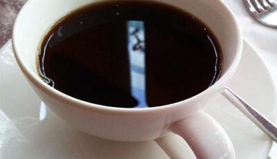 أضرار شرب القهوة السوداء يوميا وبعد فوائد شربها